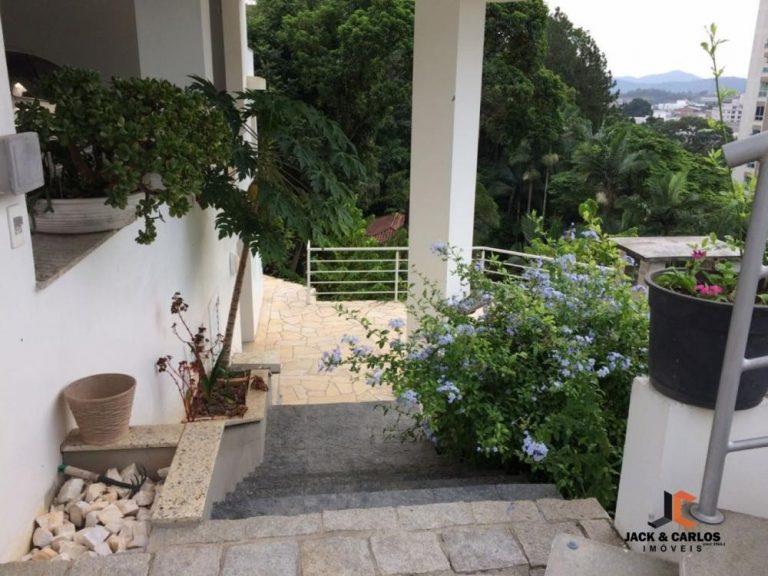 Casa em Gaspar Centro – Venda